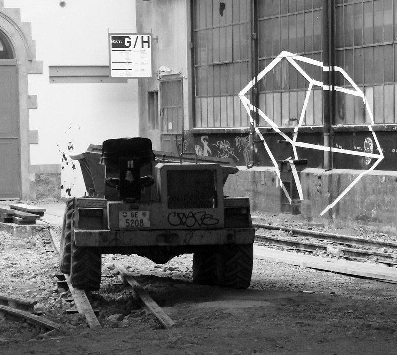 gus-2_0-sip-historique-entree-batiment-g-h-restauration-de-la-cour-w900-800x715-q85